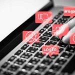 Condenado a indemnizar con 34.000 euros por publicar reseñas negativas en internet